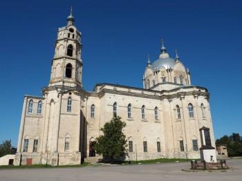 Церковь Живоначальной Троицы в Гусь-Железном - P9023616.JPG